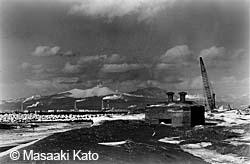 浜厚真にできた苫東港と戦時中のトーチカ