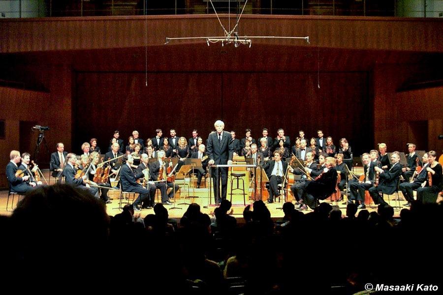 2000年2月1日池袋芸術文化劇場 バッハ作曲 ロ短調ミサ ブリュッヘン式18世紀オーケストラ